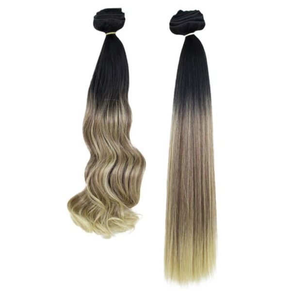 Warm-Blond-Ombre-clip-in-extensions-wavy
